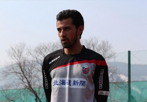 Stefano Lilipaly Ciptakan Gol Untuk Consadole Sapporo