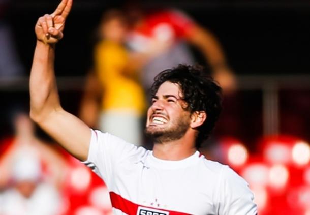 Fiorentina Bakal Gaet Alexandre Pato