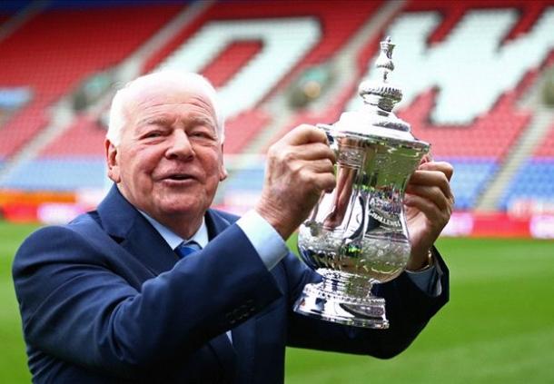Dave Whelan Mengundurkan Diri Dari Wigan Athletic