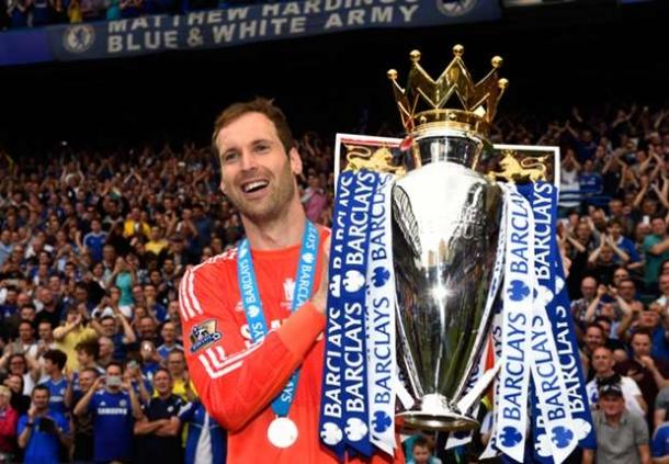 Petr Cech Masih Betahan Di Chelsea