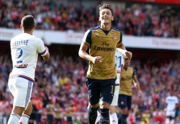 Arsene Wenger Optimis Dengan Performa Mesut Oezil
