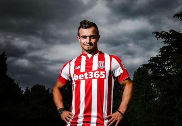 Resmi Gabung Stoke City, Xherdan Shaqiri Mengaku Senang