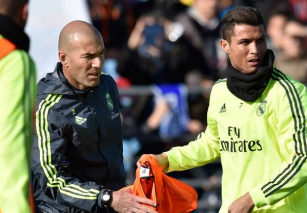 Ciro Fererra Ungkap Kalau Cristiano Ronaldo Tetap Waspada Pada Zinedine Zidane