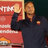 Totti: Ronaldo Dan Messi Pemain Dari Planet Lain