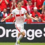 Arsenal Bidik Schar