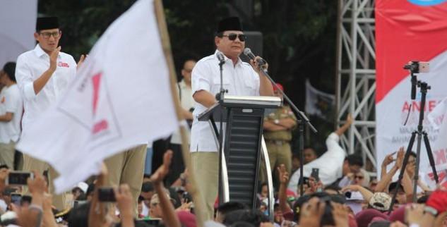 Prabowo Menyampaikan Orasi Untuk Anies-Sandiaga