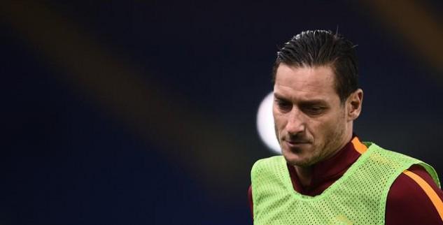 Totti Belum Mendapat Kejelasaan Kontraknya Dari Roma