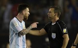 Messi Tidak Mengejek Wasit
