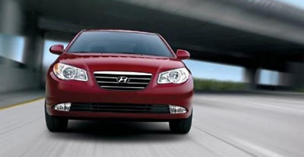 Pasar Malaysia Hyundai Elantra Dalam Tiga Mode