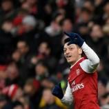 Ozil Perpanjang Kontrak Dengan Arsenal