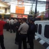 Penjagaan Di Perketat Di Luar Pengadilan Negeri Jakarta Selatan