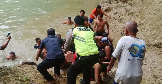 Seorang Bocah Tewas Terseret Arus Sungai Cileungsi Saat Bermain