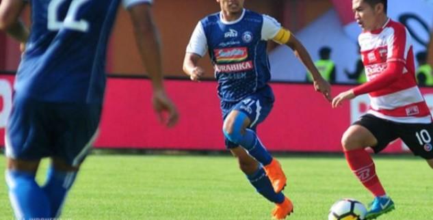 Arema FC Menang 2-0 Atas Madura United